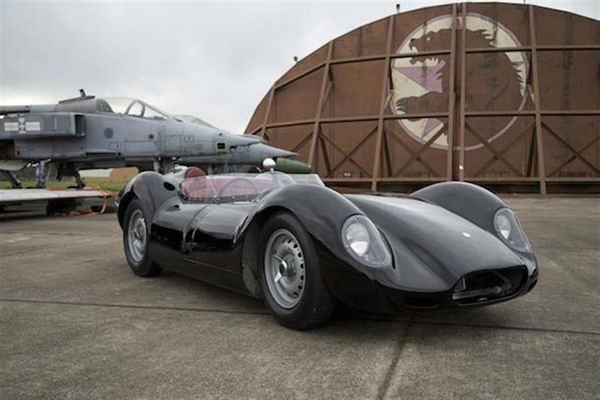 Lister's reborn 'Knobbly' makes its debut