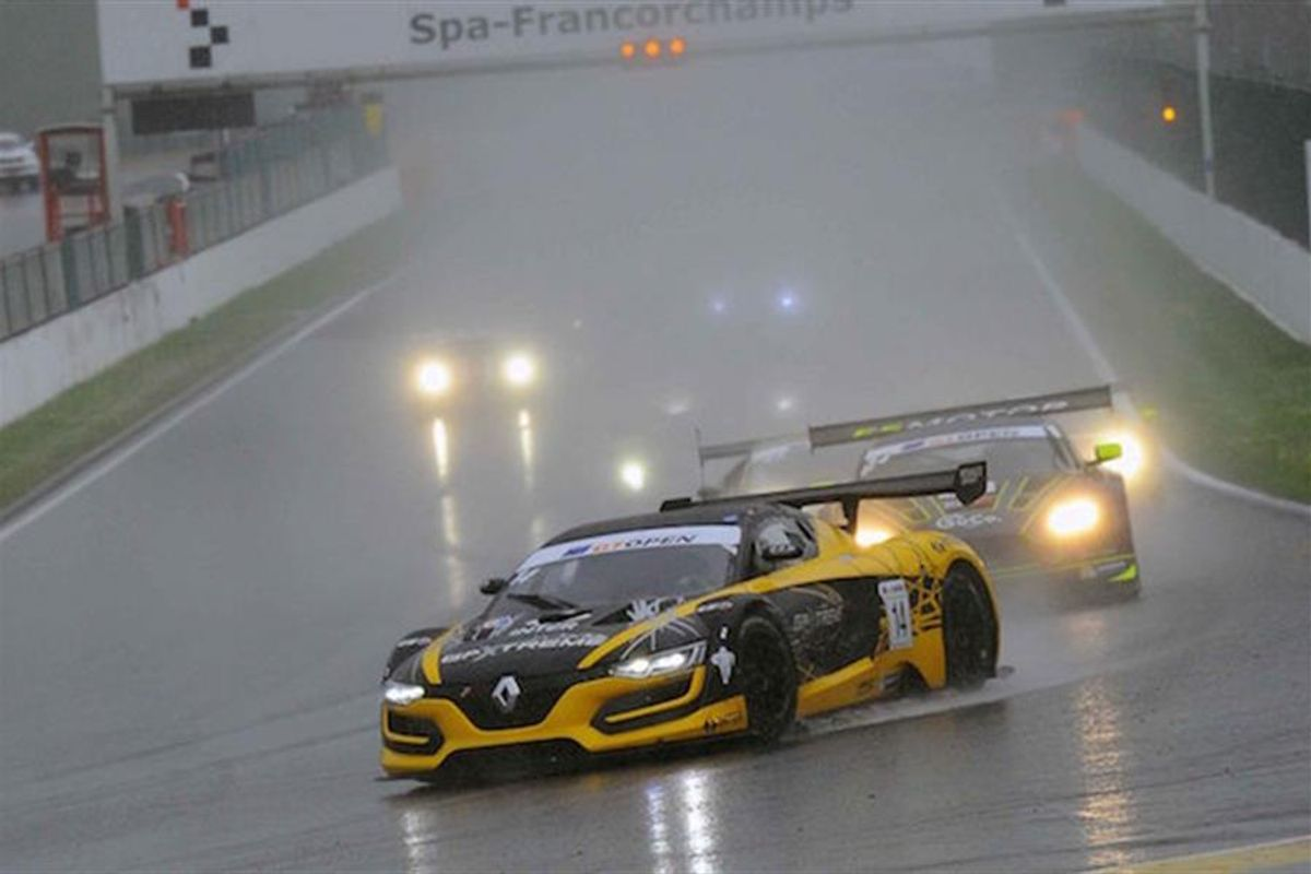 Pastorelli, Webster win Spa GT Open in the wet for V8 Racing Renault RS01