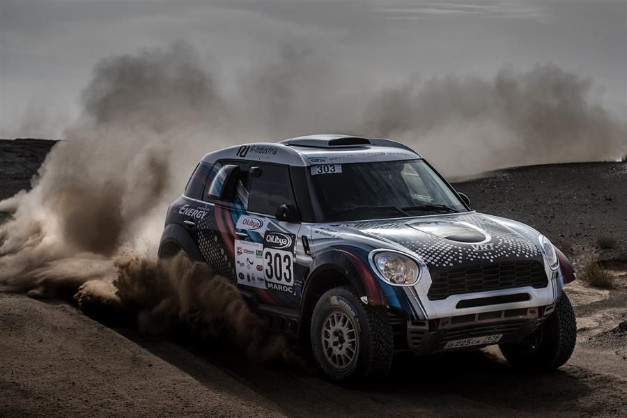 Two privateer MINI crews to compete in Dubai International Baja