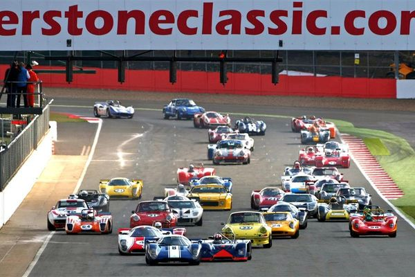 Last chance to buy early bird Silverstone Classic tickets