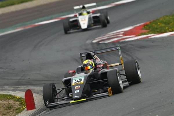Aberdein and Drugovich set the pace in ADAC Formula 4 tests