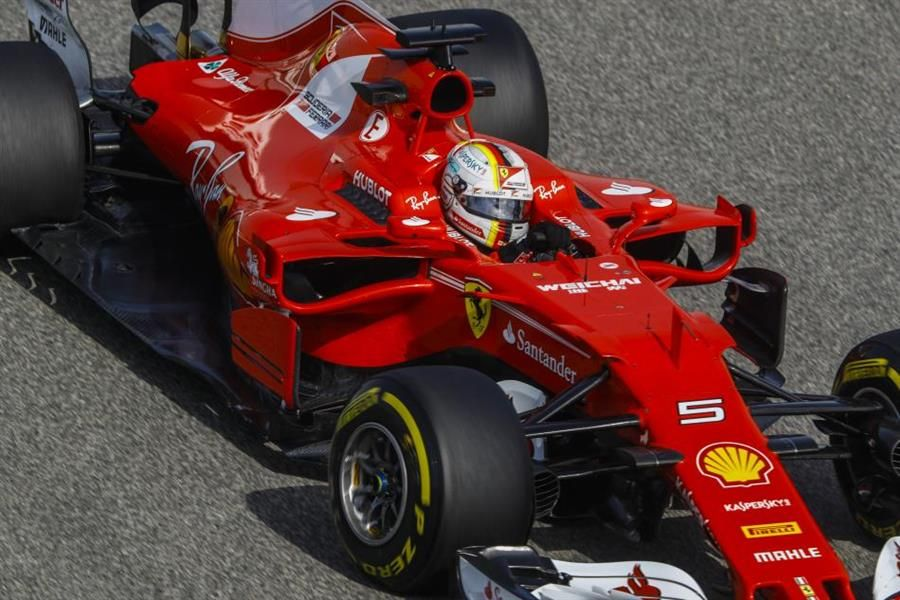 Vettel tops Bahrain GP FP1, Kimi sidelined with engine woes