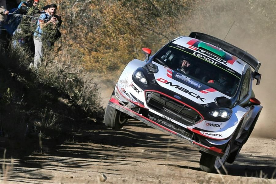 Evans fends off Neuville charge on Rally Argentina, Saturday