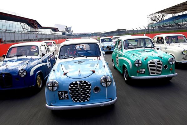 Acting legend Sir Patrick Stewart OBE  to star at Silverstone Classic