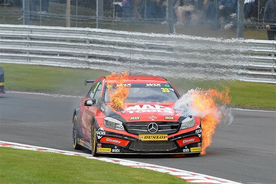 Jordan, Sutton and Shedden share BTCC wins at Oulton Park