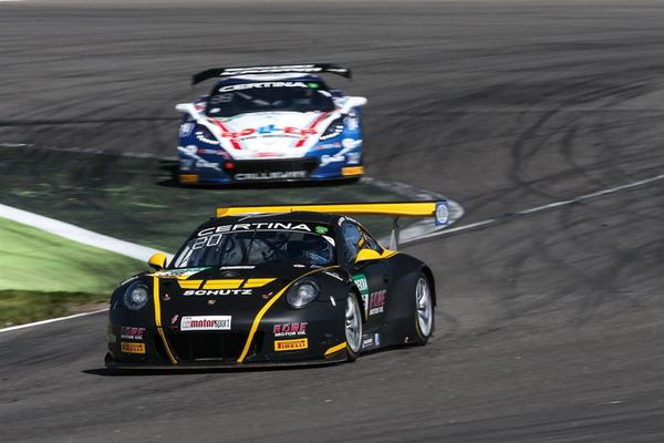 Tough weekend for Racecar's Alex MacDowall at Lausitzring ADAC GT Masters