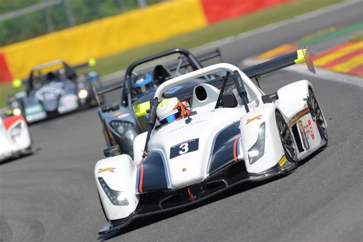 Noble Jnr and Harrison Convert Pole To Outright Radical Festival Victory At Spa