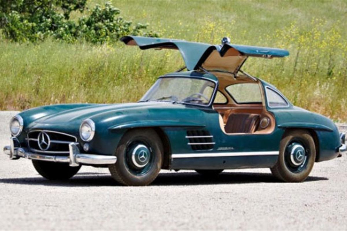 Mercedes-Benz 300 SL Gullwing & Mercedes-Benz 300 SL Roadster at Gooding's Pebble Beach Auction