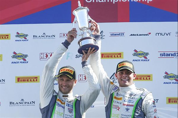 Parfitt Jnr and Morris dominate Silverstone 500