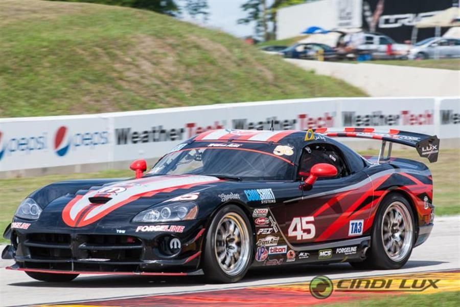 Cindi Lux First Woman to Professionally Race a Viper at Indy - News
