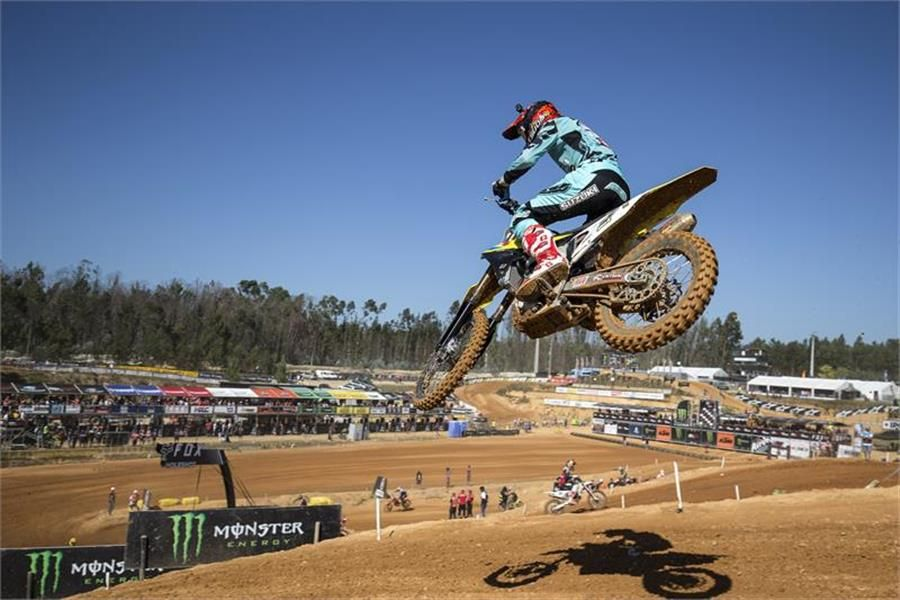 RM-Z450WS rider Arminas Jasikonis wins MXGP of Portugal qualifier