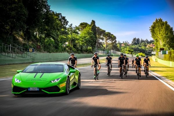 Young drivers of Lamborghini Squadra Corse on track at Imola for first training session