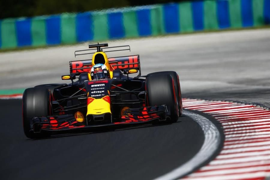 Ricciardo quickest again in Budapest ahead of Vettel, Bottas