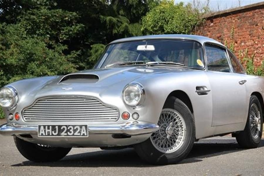 1959 Aston Martin DB4 at Historics at Brooklands Autumn Auction