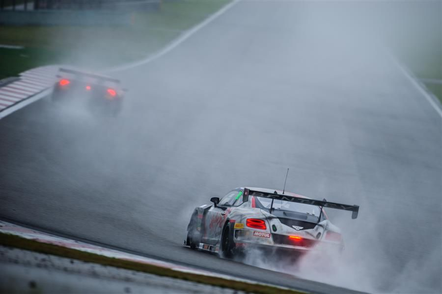 Tan eyes better fortunes in GT Asia finale after weathering the storm in Shanghai