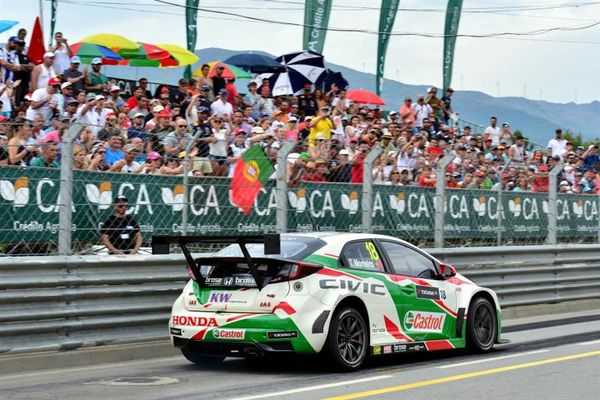 Huge outpouring of support for WTCC's Tiago Monteiro