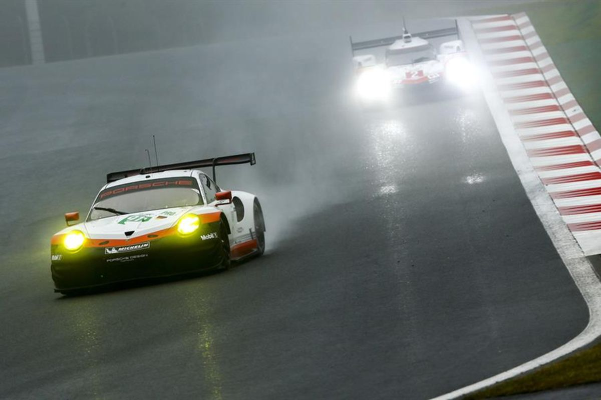 Double podium for 911 RSR in rain and fog at Mount Fuji WEC GT