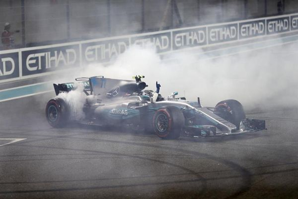 Bottas takes final win of the season