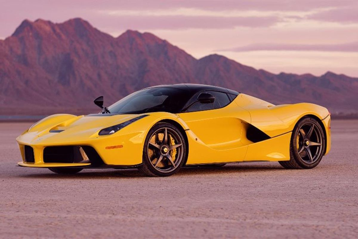 2015 Ferrari LaFerrari with Just 317 Miles AT Mecum Kissimmee Auction