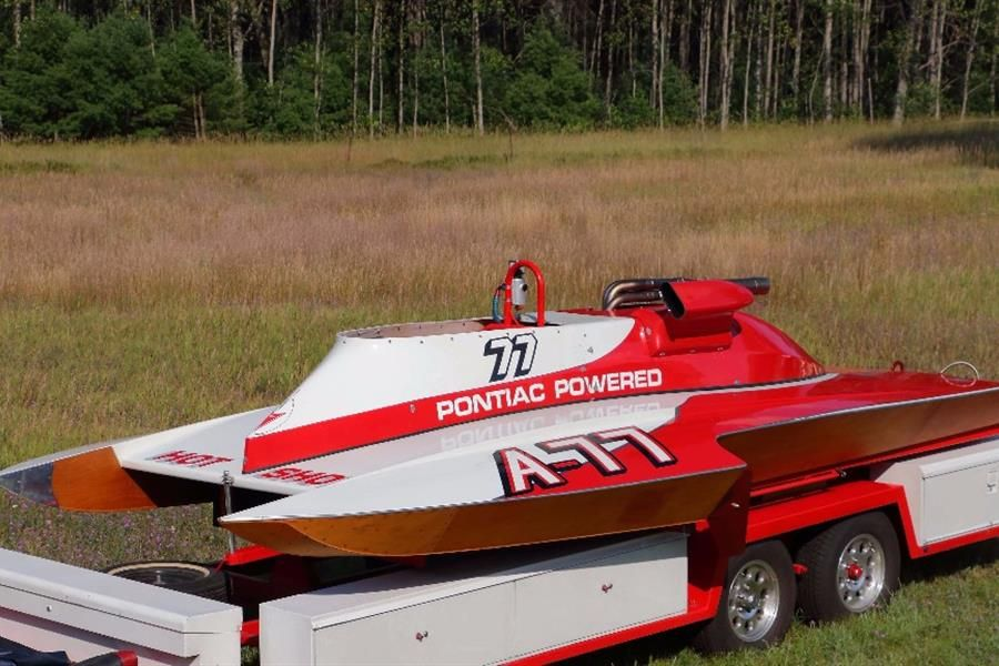 Making Waves at Mecum: Vintage Race Boats from the Michael Taggart Collection
