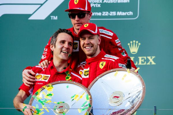 Vettel wins Australian GP, podium for Kimi