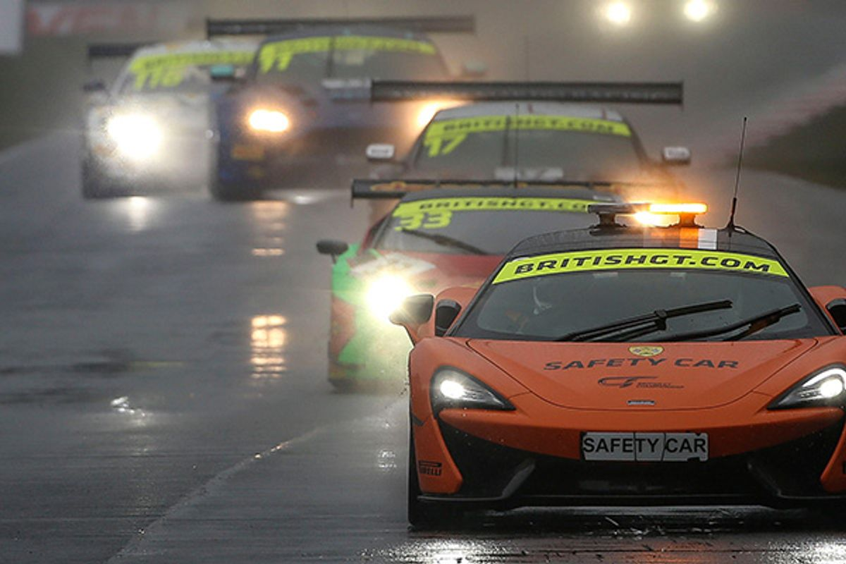 Stewards rule result, full points awarded for Oulton's shortened 2nd GT race