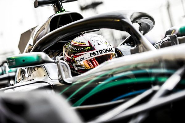 Hamilton ahead of Kimi in Chinese GP First Practice