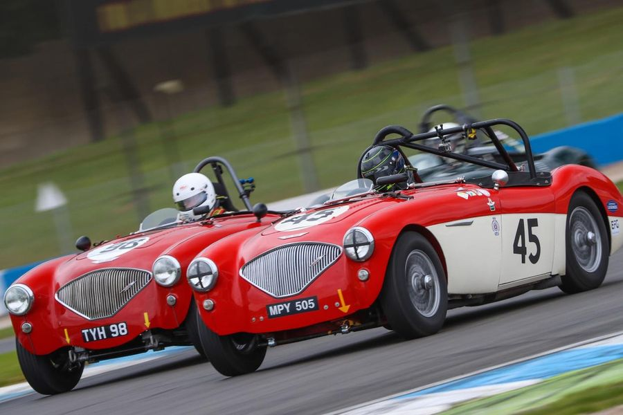 Over 400 historic racing cars rev up for Donington Historic Festival