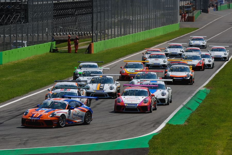 Carrera Cup title rivals Zamparelli and Ellinas to re-engage at Oulton Park