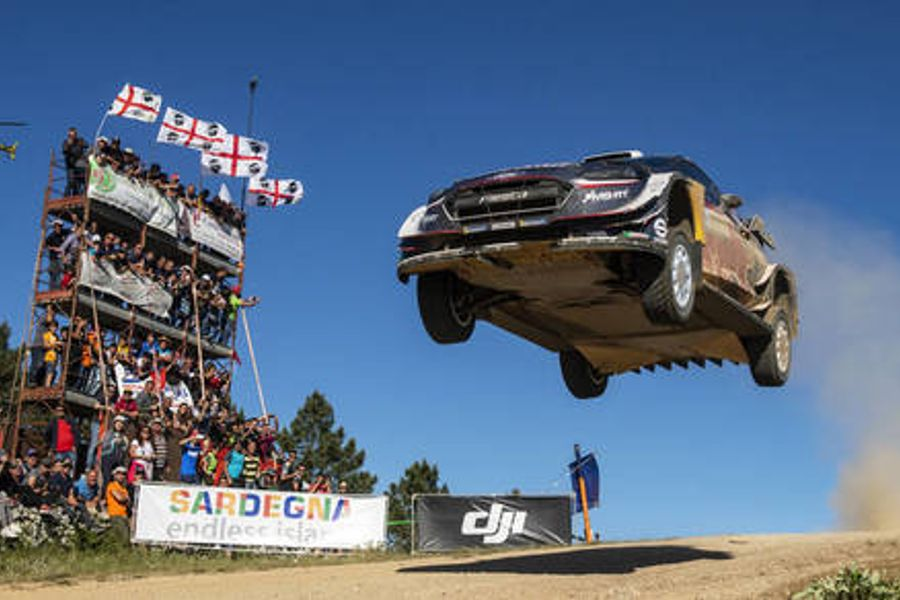 Rivals Ogier and Neuville turn up the heat on Rally Sardinia