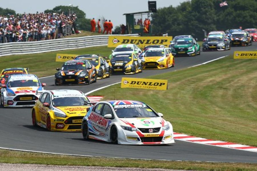 Matt Simpson claims debut BTCC victory at Oulton Park