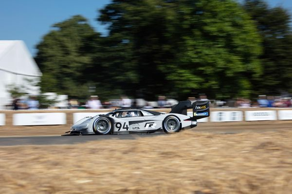 Volkswagen I.D.R Pikes Peak makes record run at Goodwood Festival of Speed