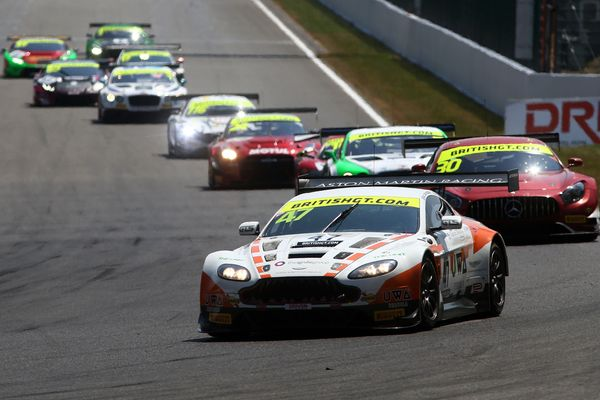 Aston Martin drivers fight back to claim Silverstone 500 glory