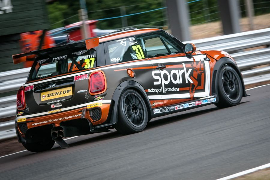 MINI Challenge Racer Smith Takes Second Consecutive Victory