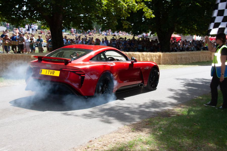 Sensational Supercar Weekend For Beaulieu