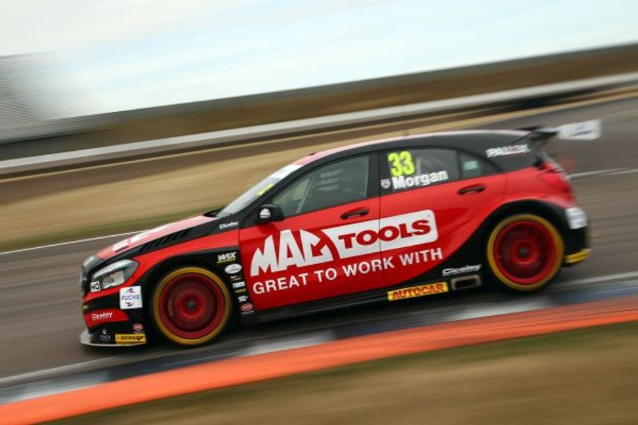 Commanding lights-to-flag victory for Adam Morgan in Rockingham BTCC opener