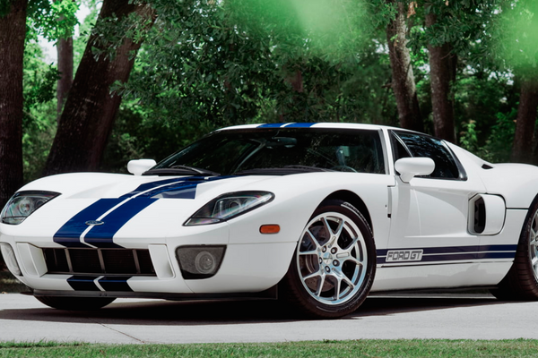Rare Opportunity to Bid on Five Ford GT Supercars at Mecum Monterey