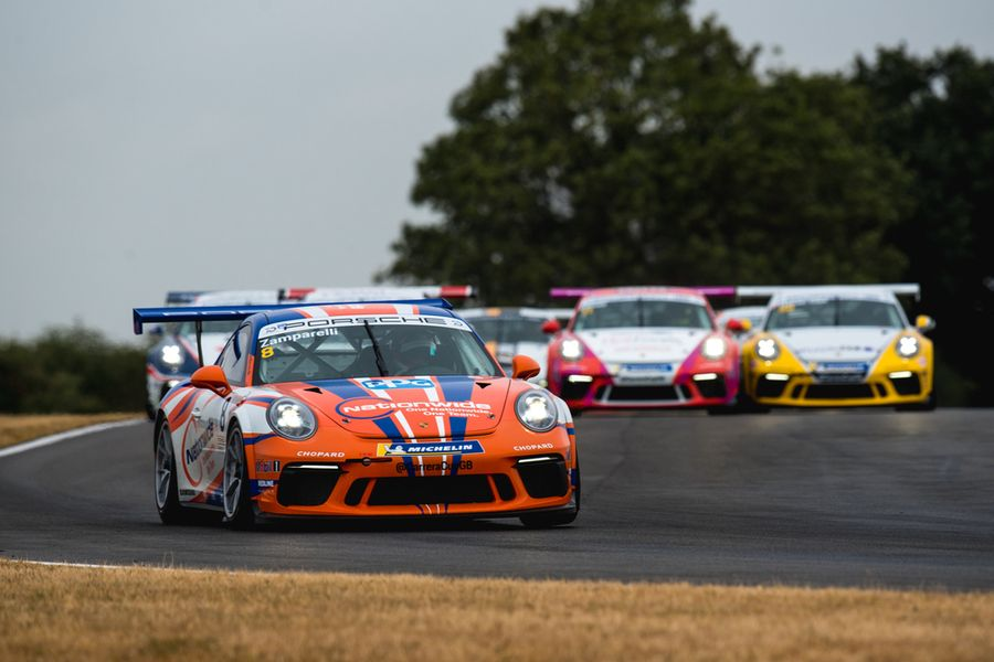 Tight at the top as Carrera Cup championship battles head to unpredictable Knockhill