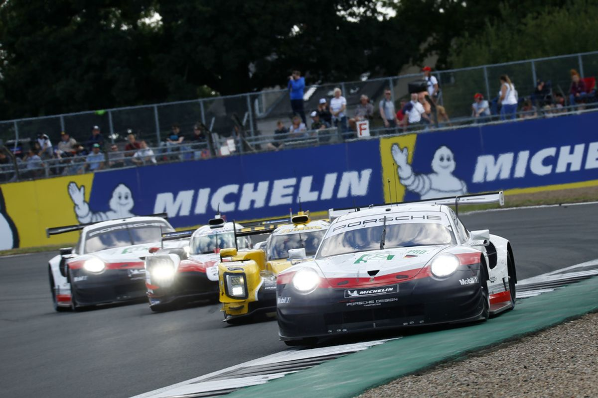 Podium for Porsche at Silverstone WEC, victory in the GTE-Am