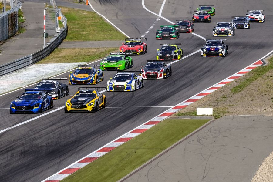 Marciello and Meadows clinch Blancpain Sprint Cup drivers' title