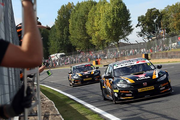 Honda storms to double 1-2 as Cammish clinches first BTCC victories