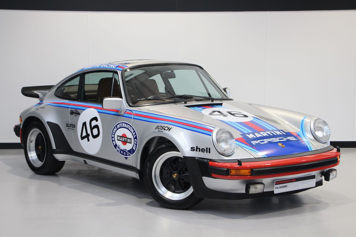 Specially restored 1977 Porsche 911 a highlight of Silverstone Auctions final sale of the year
