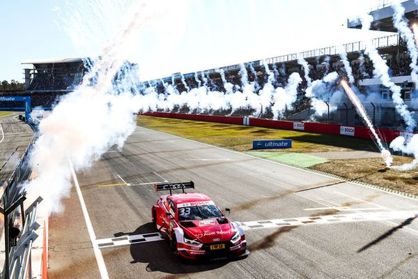 Six DTM victories in a row for René Rast