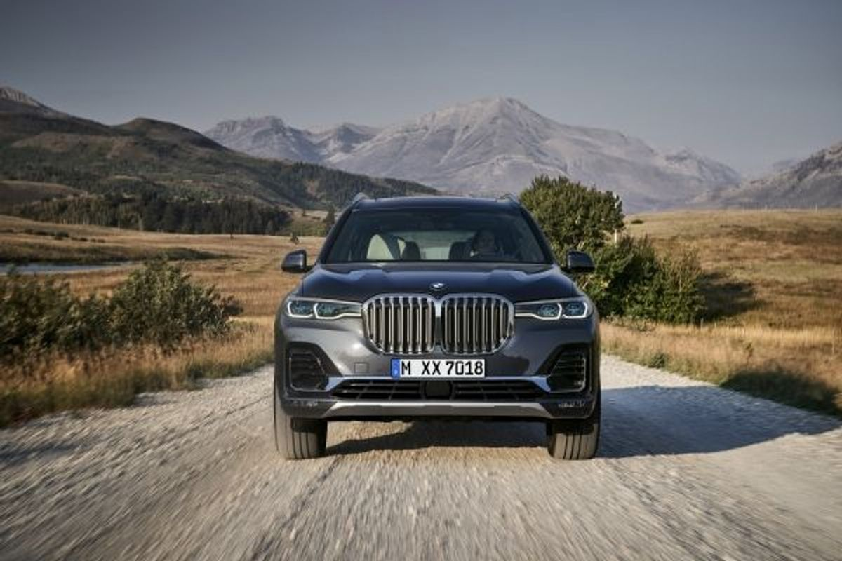 New flagship BMW X7 offers unrivalled luxury in large 4x4 segment