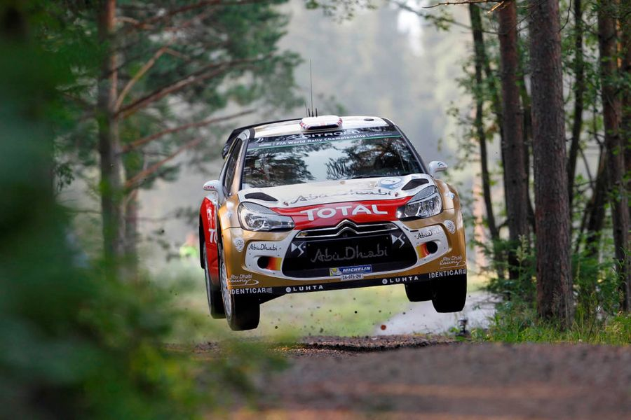 Gravel and tarmac challenge for the Citroen C3 WRC in Spain