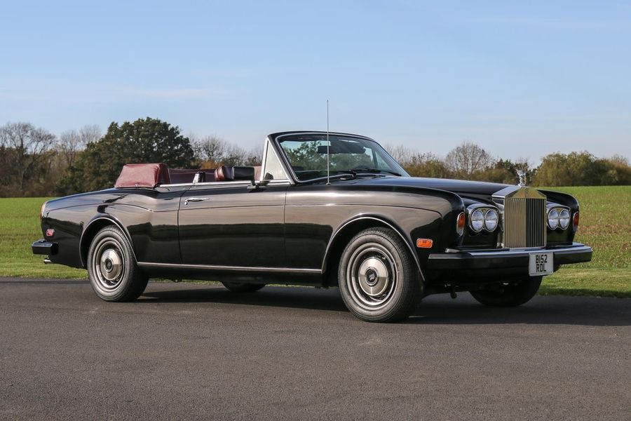 'Rat Pack 'legend Frank Sinatra's Rolls-Royce Corniche Convertible on offer at thr NEC Auction