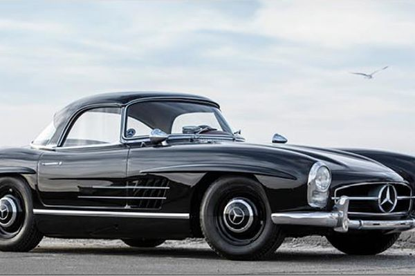 1959 Mercedes-Benz 300SL Roadster Without Reserve at The Scottsdale Auction