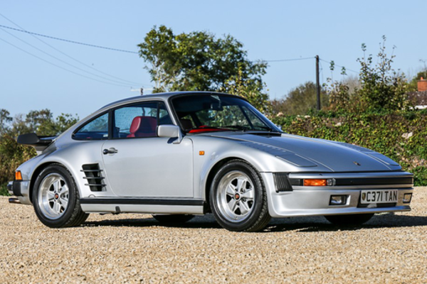 1985 Porsche 911 Turbo SE 'Flat Nose' Sells for £166,500 at NEC sale, results