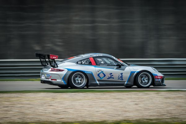 Absolute Racing Set to Challenge for Porsche Titles in Season Finale