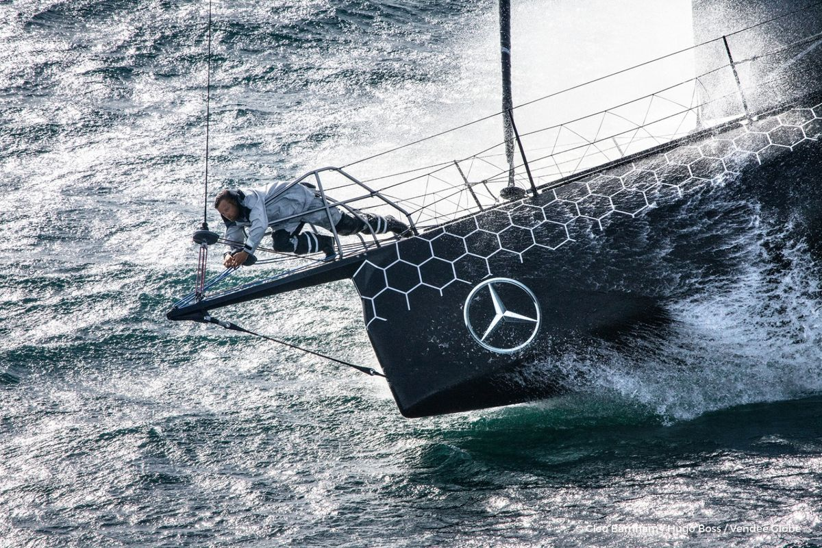 Alex Thomson's Hugo Boss grounds in closing stages of Route du Rhum